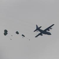 Medium_440th_and_parachutes