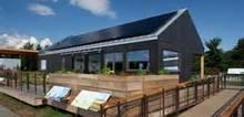 Small2_solar_array_on_a_house