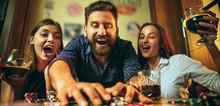 Small2_5._keuntungan_bermain_poker_online_dengan_smartphone__praktis_dan_fleksibel